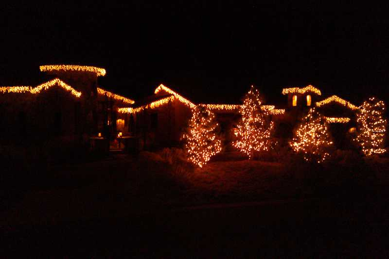 christmas-light-installers-highlands-ranch