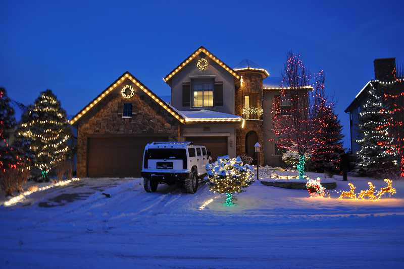 christmas-light-installers-lone-tree